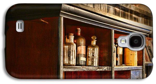 Old Grinders Galaxy S4 Cases - Vintage Druggist Shelf Galaxy S4 Case by Paul Ward
