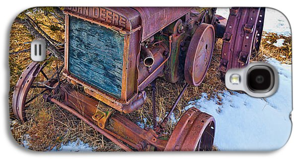 Machinery Photographs Galaxy S4 Cases - Vintage John Deere Galaxy S4 Case by Inge Johnsson