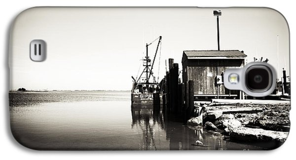 Boats In Water Galaxy S4 Cases - Vintage LBI Bay Galaxy S4 Case by John Rizzuto