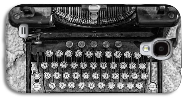 Typewriter Keys Photographs Galaxy S4 Cases - Vintage Remington Typewriter Galaxy S4 Case by Nomad Art And  Design