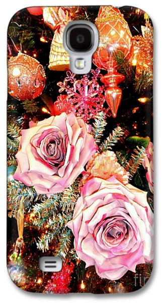 Sparkling Rose Galaxy S4 Cases - Vintage Rose Holiday Decorations Galaxy S4 Case by Janine Riley
