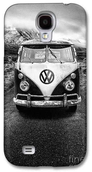 Cold Galaxy S4 Cases - Vintage VW Camper Galaxy S4 Case by John Farnan