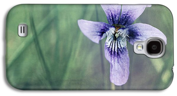 Flora Mixed Media Galaxy S4 Cases - Violet still life Galaxy S4 Case by Heike Hultsch