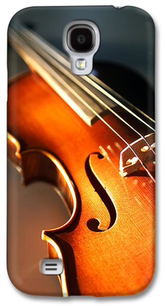 Hanging Galaxy S4 Cases - Violin V Galaxy S4 Case by Jon Neidert