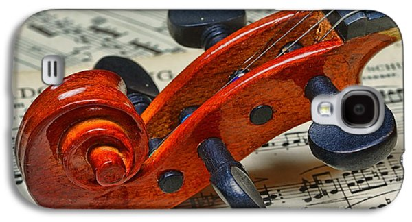 Chin Up Galaxy S4 Cases - Violin Scroll Up Close Galaxy S4 Case by Paul Ward
