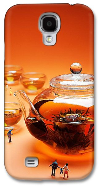 People Glass Galaxy S4 Cases - Visiting teapot aquarium Little people on food Galaxy S4 Case by Paul Ge