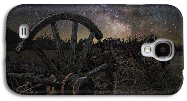 Wagon Photographs Galaxy S4 Cases - Wagon Decay Galaxy S4 Case by Aaron J Groen