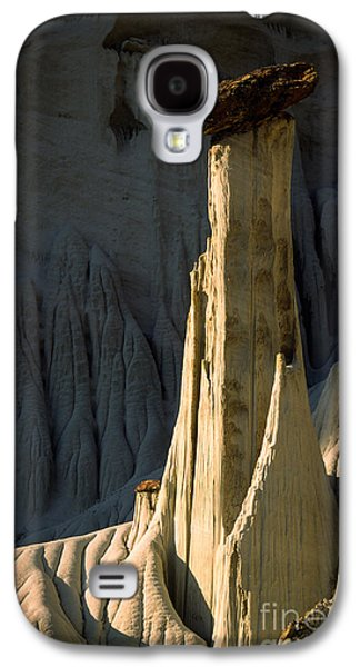 Otherworldly Galaxy S4 Cases - Wahweap Hoodoo Galaxy S4 Case by Inge Johnsson