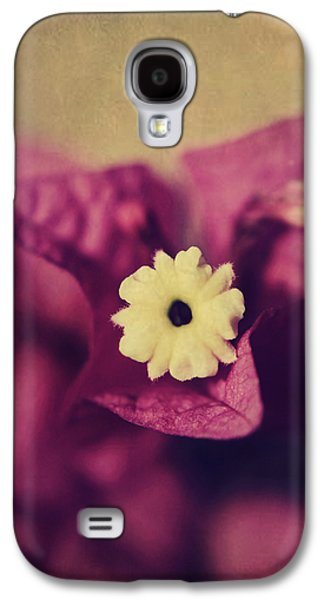 Texture Flower Galaxy S4 Cases - Waking Up Happy Galaxy S4 Case by Laurie Search