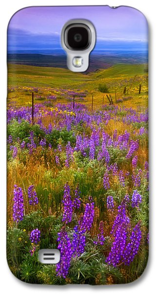 Landscape Acrylic Prints Galaxy S4 Cases - Walking along the Fence line Galaxy S4 Case by Darren  White