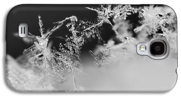 Black White Photographs Galaxy S4 Cases - Waltz of the Snowflakes Galaxy S4 Case by Rona Black