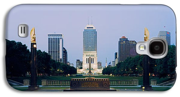 Indiana Scenes Galaxy S4 Cases - War Memorial In A City, Cenotaph Galaxy S4 Case by Panoramic Images