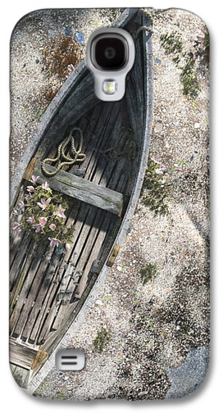 Rowboat Galaxy S4 Cases - Washed Ashore Galaxy S4 Case by Cynthia Decker