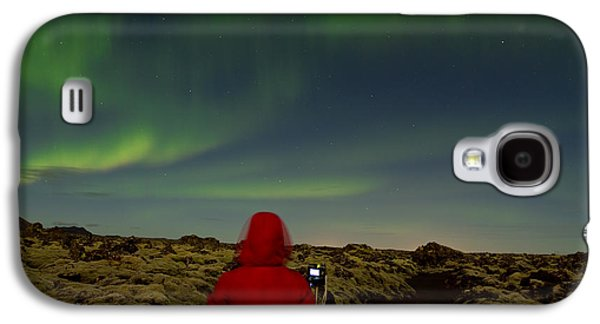 Light Photographs Galaxy S4 Cases - Watching the Northern Lights Galaxy S4 Case by Andres Leon