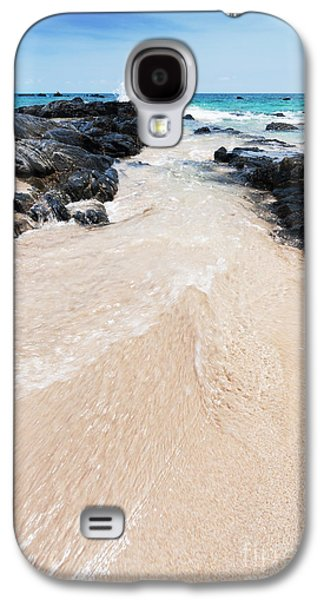 Atmosphere Photographs Galaxy S4 Cases - Water Flows Galaxy S4 Case by Atiketta Sangasaeng
