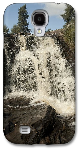 Landscape Photographs Galaxy S4 Cases - Waterfall Galaxy S4 Case by Peter Cassidy