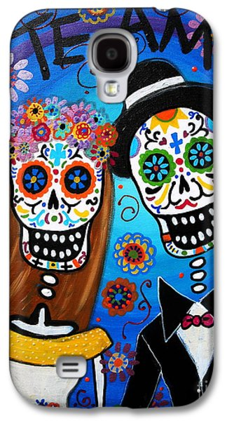 Town Paintings Galaxy S4 Cases - Wedding Couple  Galaxy S4 Case by Pristine Cartera Turkus