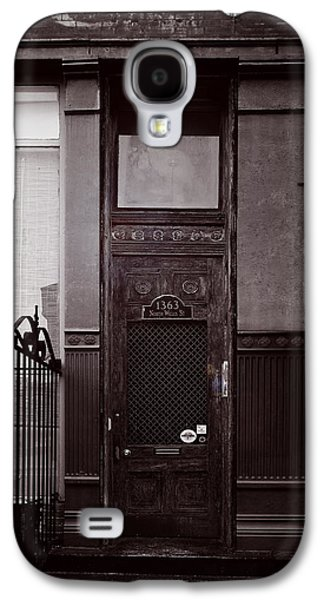 Entrance Door Galaxy S4 Cases - Wells Street Old Town Chicago Galaxy S4 Case by Christine Till
