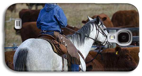 Cattle Drive Photographs Galaxy S4 Cases - Western Living 3 Galaxy S4 Case by Bob Christopher
