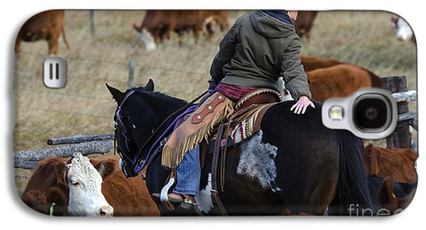 Cattle Drive Photographs Galaxy S4 Cases - Western Living 8 Galaxy S4 Case by Bob Christopher