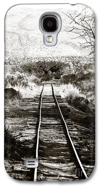 Old Western Photos Galaxy S4 Cases - Western Tracks Galaxy S4 Case by John Rizzuto