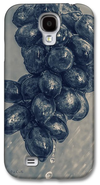 Abstract Rain Galaxy S4 Cases - Wet Grapes Five Galaxy S4 Case by Bob Orsillo