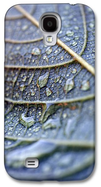 Blueish Galaxy S4 Cases - Wet Leaf Galaxy S4 Case by Frank Tschakert