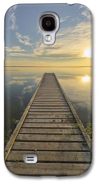 Waterscape Galaxy S4 Cases - Wharf, Queen Elizabeth Provincial Park Galaxy S4 Case by Robert Postma