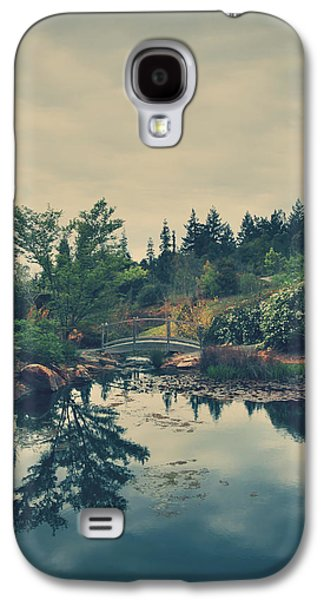 Landscapes Photographs Galaxy S4 Cases - When Its Sweet Galaxy S4 Case by Laurie Search