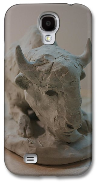 Native Sculptures Galaxy S4 Cases - White Buffalo Galaxy S4 Case by Derrick Higgins