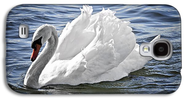 White Swan On Water Galaxy S4 Case by Elena Elisseeva
