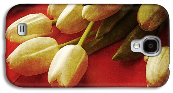 Day Galaxy S4 Cases - White Tulips over Red Galaxy S4 Case by Edward Fielding