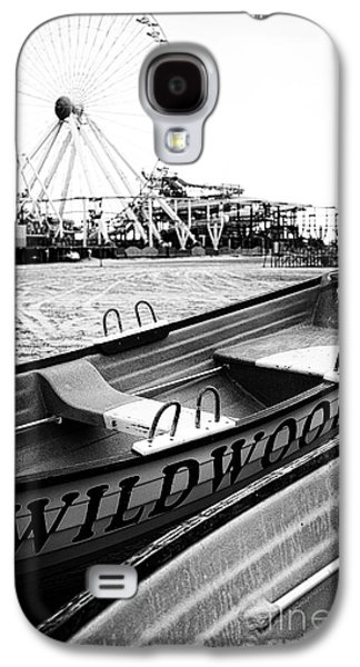 Moody Photographs Galaxy S4 Cases - Wildwood Black Galaxy S4 Case by John Rizzuto