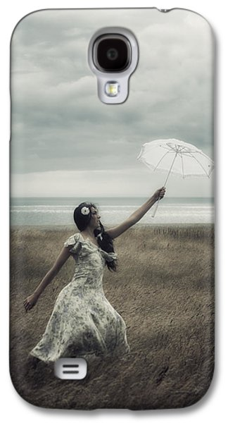 Floating Girl Galaxy S4 Cases - Windy Galaxy S4 Case by Joana Kruse
