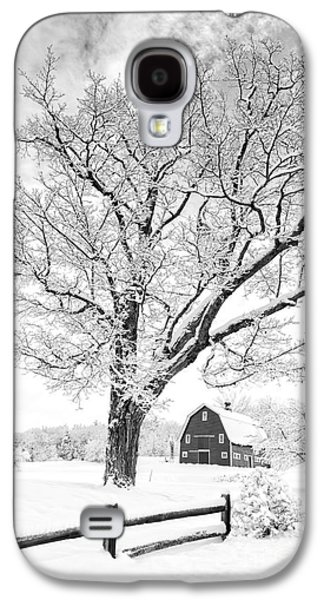 Red Barns Galaxy S4 Cases - Winter Comes to the Upper Valley Galaxy S4 Case by Edward Fielding