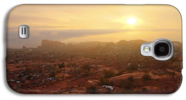 Sun Rays Galaxy S4 Cases - Winter Desert Glow Galaxy S4 Case by Chad Dutson