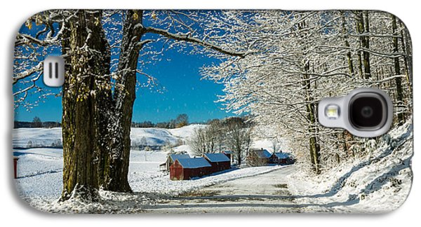 New England Barns Galaxy S4 Cases - Winter in Vermont Galaxy S4 Case by Edward Fielding