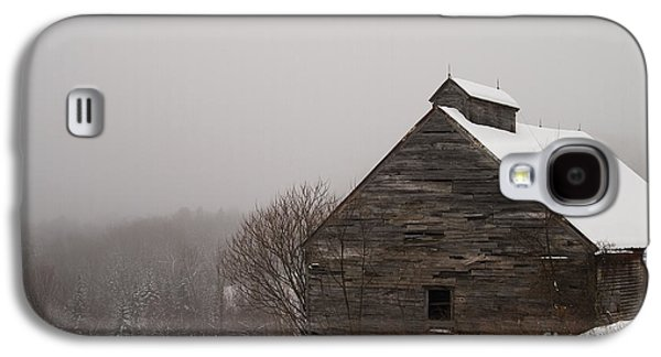 Old Maine Barns Galaxy S4 Cases - Winter Maine Barn Galaxy S4 Case by Alana Ranney