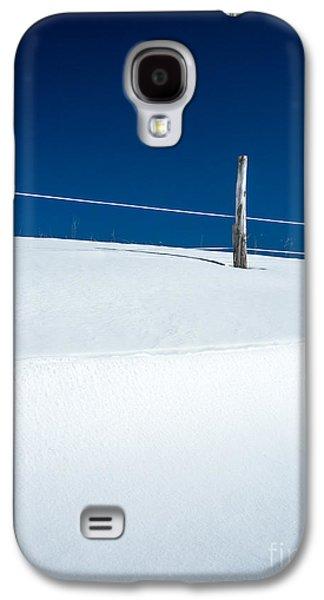 Element Photographs Galaxy S4 Cases - Winter Minimalism Galaxy S4 Case by Edward Fielding