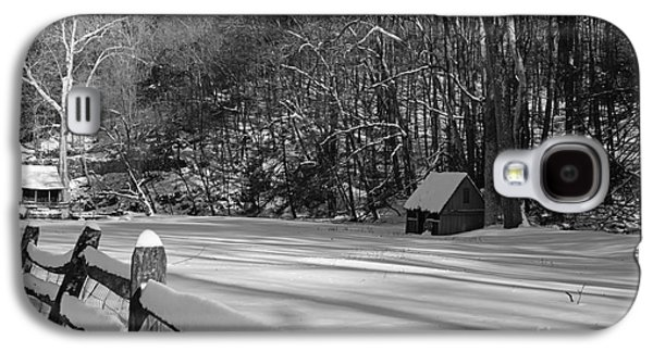 Winter Road Scenes Galaxy S4 Cases - Winter Shack in Black and White Galaxy S4 Case by Paul Ward