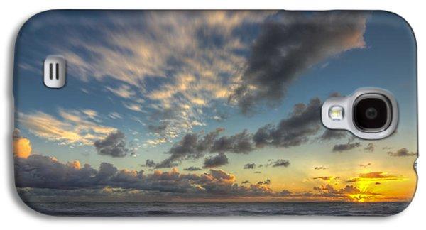 Beach Landscape Galaxy S4 Cases - Winter Skies Galaxy S4 Case by Sean Foster