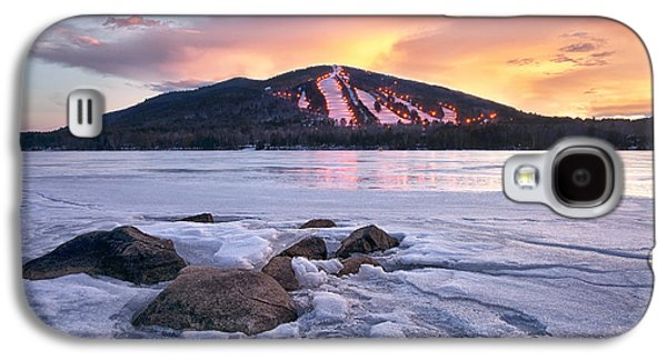 Maine Mountains Galaxy S4 Cases - Winter Sky Galaxy S4 Case by Darylann Leonard Photography