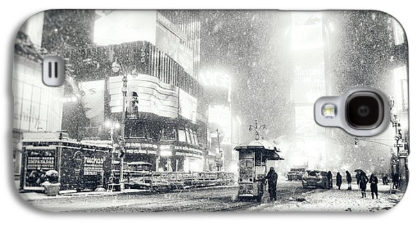 Winter Night Galaxy S4 Cases - Winter - Times Square - New York City Galaxy S4 Case by Vivienne Gucwa