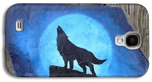 Native Sculptures Galaxy S4 Cases - Wolf Howl2 Galaxy S4 Case by Monika Dickson-Shepherdson