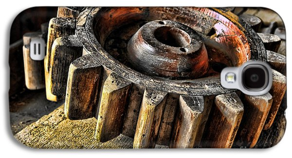 Machinery Photographs Galaxy S4 Cases - Wood Gears Galaxy S4 Case by Olivier Le Queinec