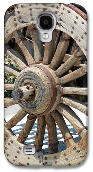Wooden Wagons Galaxy S4 Cases - Wood Wheel Galaxy S4 Case by Barbara Snyder