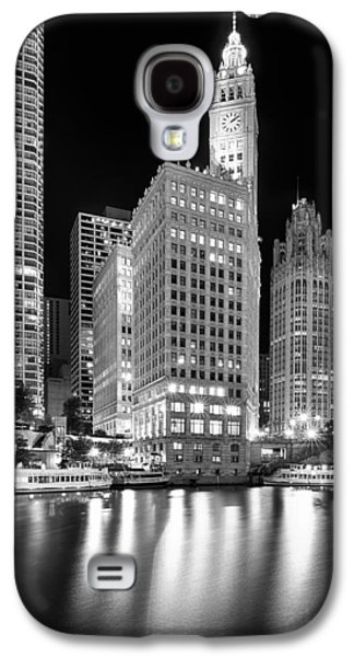 Boat Photographs Galaxy S4 Cases - Wrigley Building Reflection in Black and White Galaxy S4 Case by Sebastian Musial