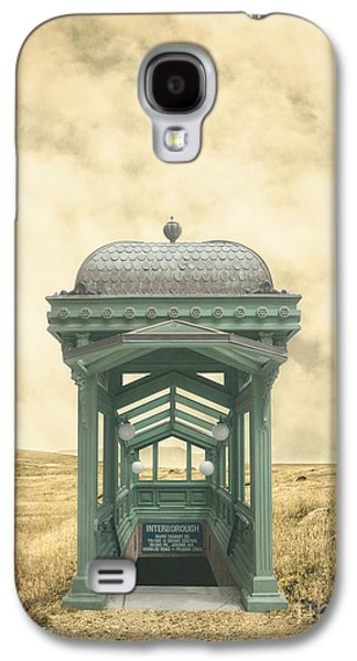Ranch Photographs Galaxy S4 Cases - Wrong train right station Galaxy S4 Case by Edward Fielding