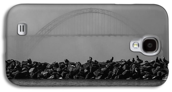 Yaquina Bay Bridge Under Fog Galaxy S4 Case by Mark Kiver