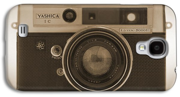 35mm Galaxy S4 Cases - Yashica Lynx 5000E 35mm Camera Galaxy S4 Case by Mike McGlothlen